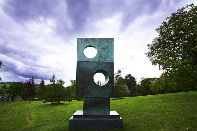 yorkshire_sculpture_park_2.jpg