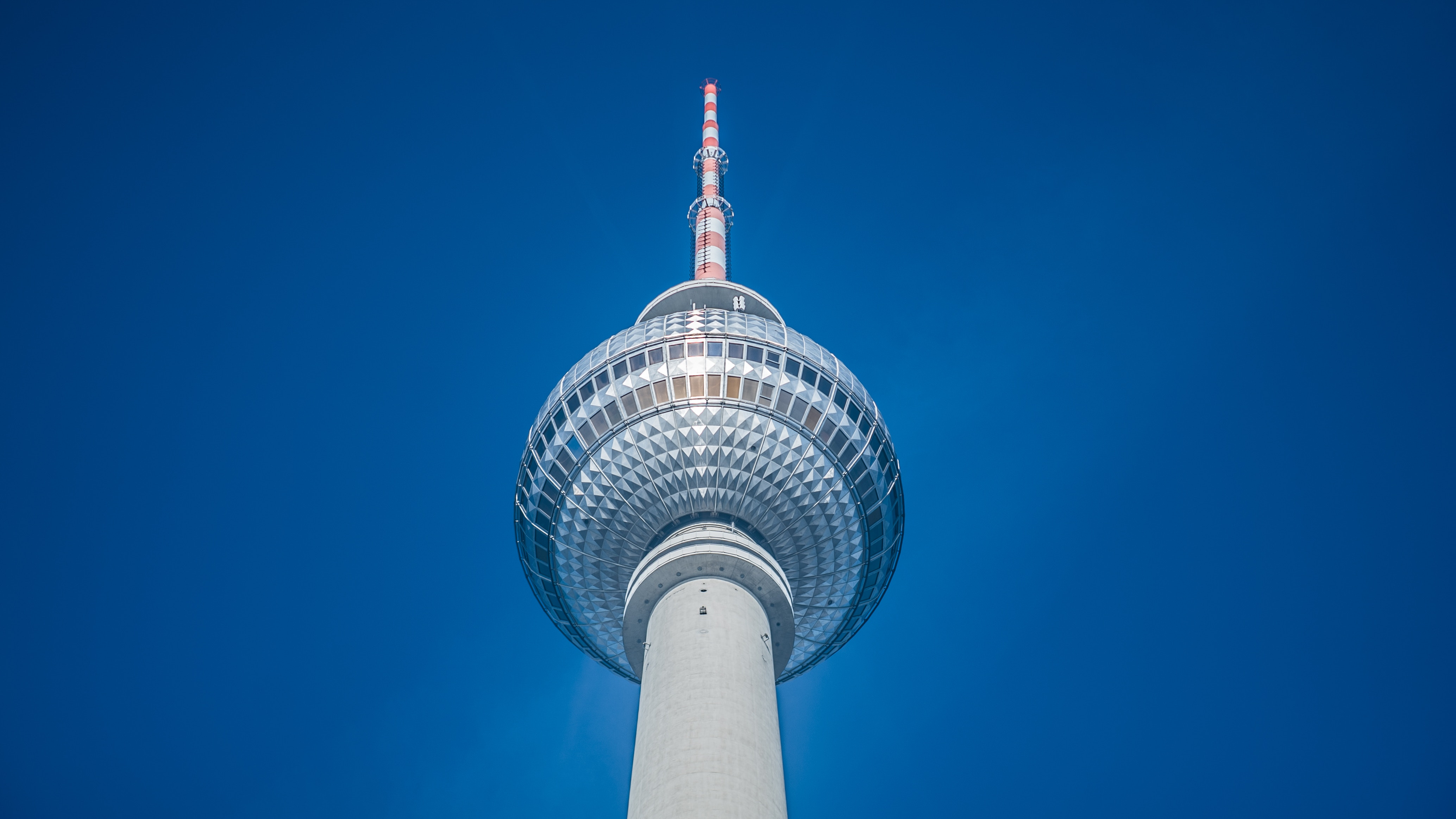 tv_tower_berlin.jpg